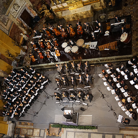 Ennio Morricone conducting his Missa Papae Francisci (Mass for Pope Francis) at Rome's Chiesa del Gesù (Church of Jesus) with the Orchestra Roma Sinfonietta and two choruses from the Accademia Santa Cecilia and the Rome Opera Theater, June 10th, 2015.