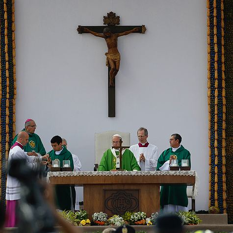 Pope Francis celebrating Mass at Nu Guazu field in Asunción, Paraguay, July 12, 2015.
