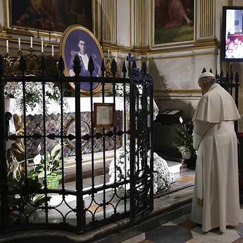 Pope Francis in prayer at the tomb of the Blessed Pier Giorgio Frassati at the Cathedral of St. John the Baptist, Turin, Italy, June 21st, 2015.